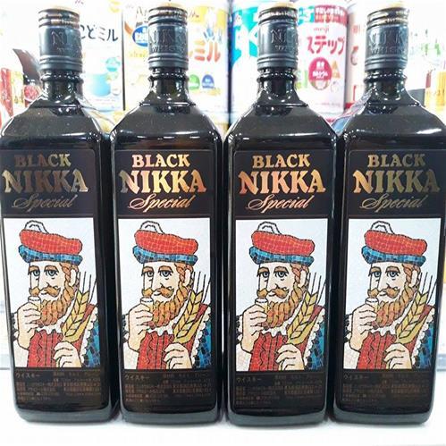 RƯỢU WHISKY BLACK NIKKA SPECIAL 720ML